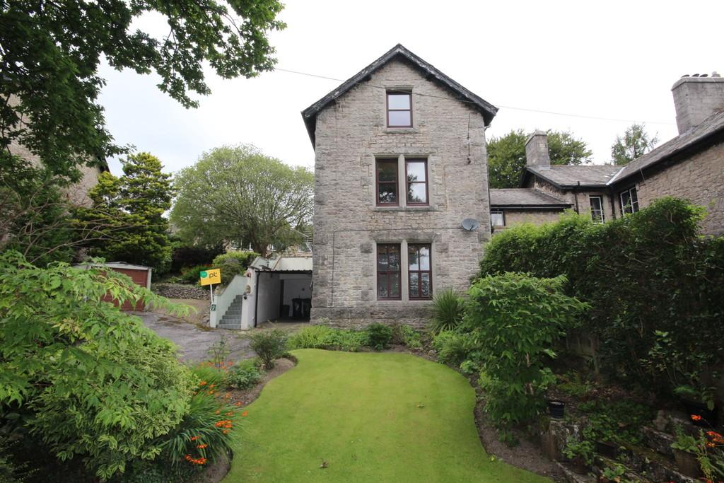 2 Bedrooms Apartment Flat for sale in Flat 1 High Gable, 8 Grange Fell Road, Grange-Over-Sands