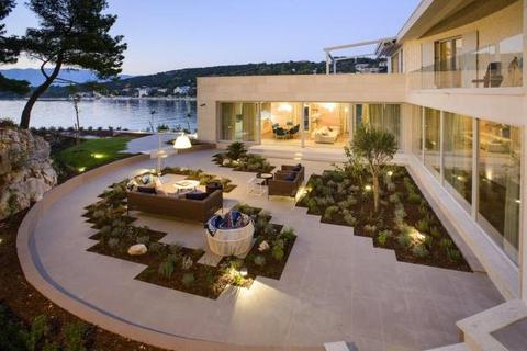 3 bedroom house  - Waterfront Villa, Brac, Croatia