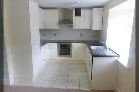 2 bedroom flat to rent - Copperfield House, Barton Upon Humber, South Humberside, DN18 5DJ