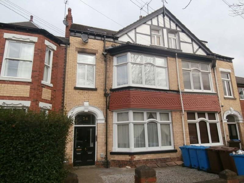 5 Bedrooms Terraced House for sale in Park Avenue, West Hull,