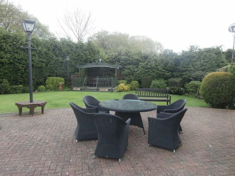 4 Bedrooms Detached House for sale in New Road, Hedon,