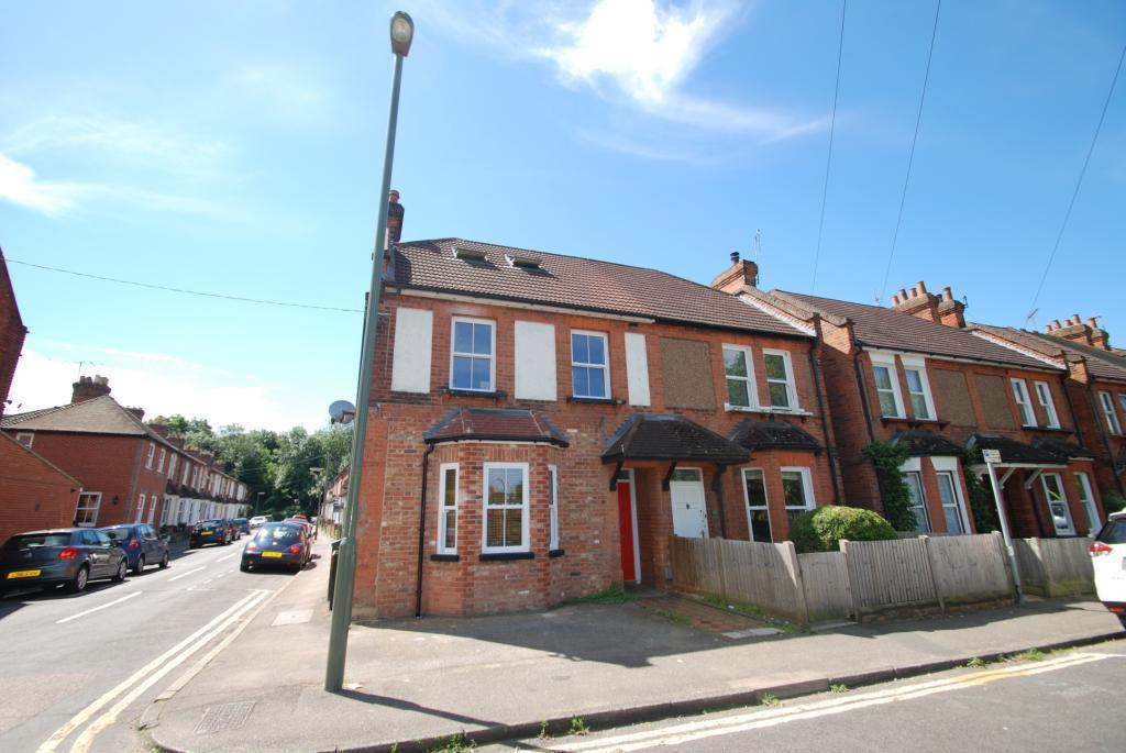2 Bedrooms Flat for sale in Recreation Road, Guildford, Surrey, GU1