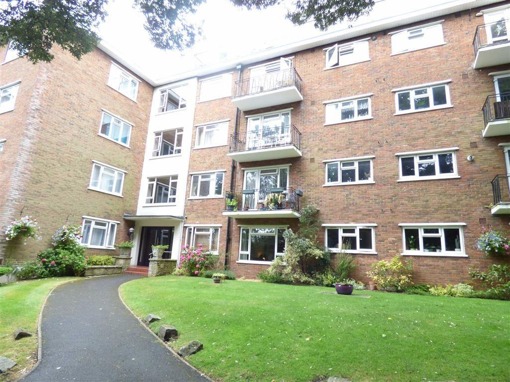 1 Bedroom Flat for sale in Madeira Road, Bournemouth, Dorset, BH1