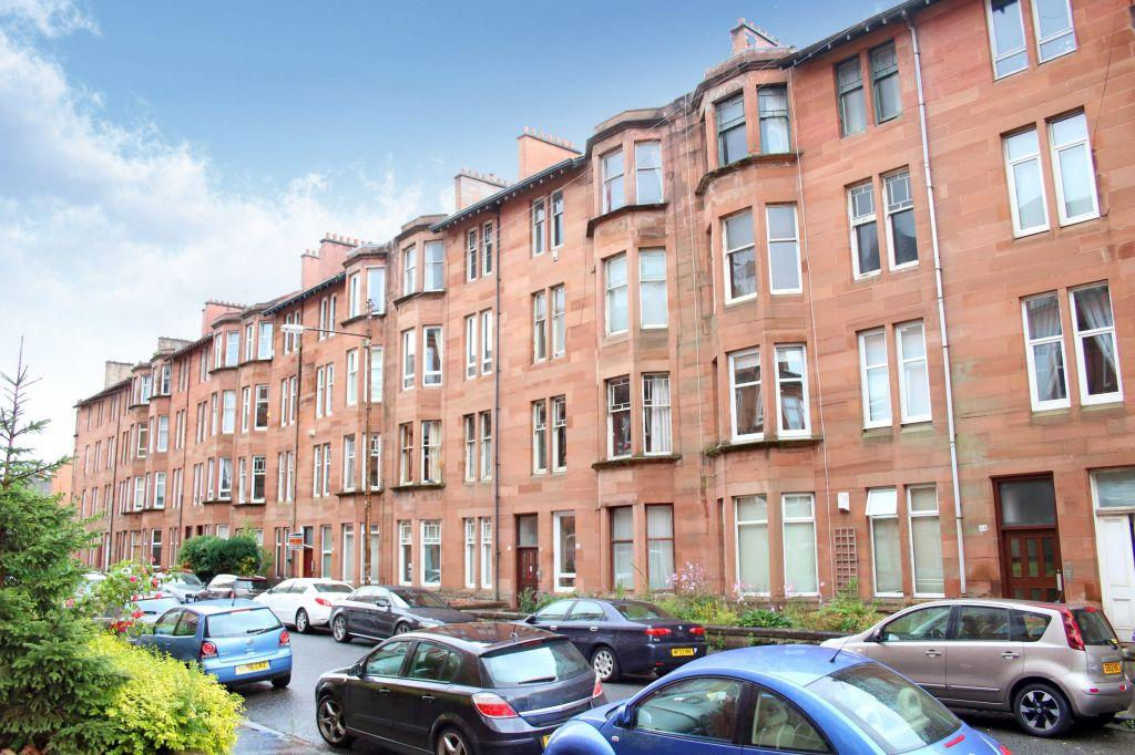 2 Bedrooms Flat for sale in 3/1, 72 Cartvale Road, Battlefield, G42 9SW