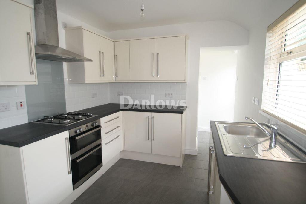 3 Bedrooms Terraced House for sale in Windsor Place, Treharris, CF46