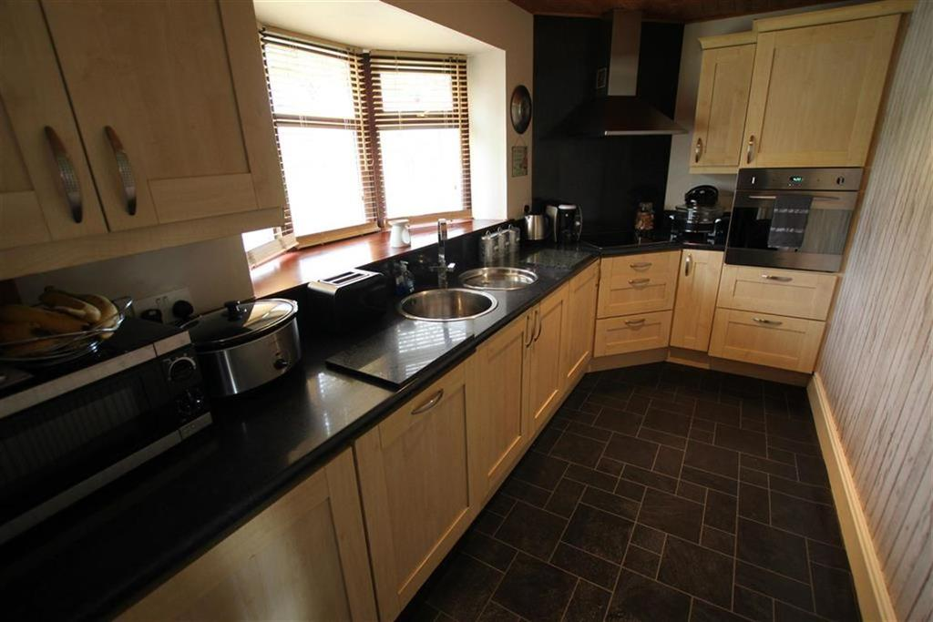 4 Bedrooms Terraced House for sale in Bede Crescent, Newton Aycliffe, County Durham