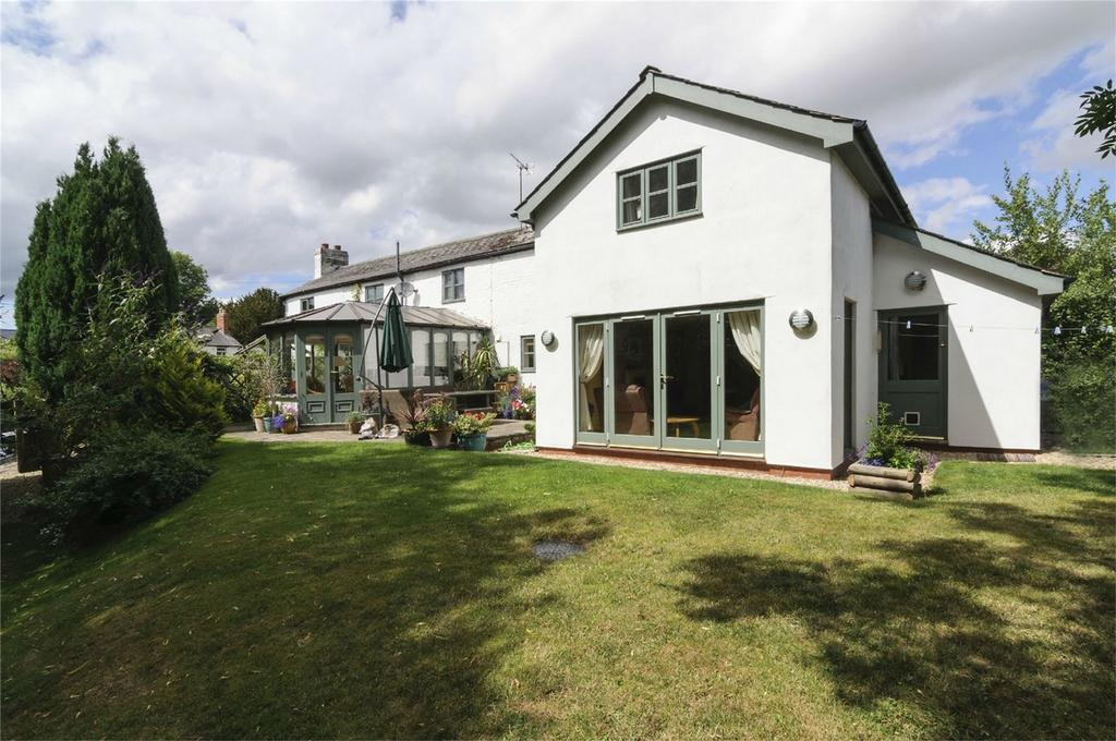 4 Bedrooms Cottage House for sale in Apple Tree Cottage, Luston, Herefordshire