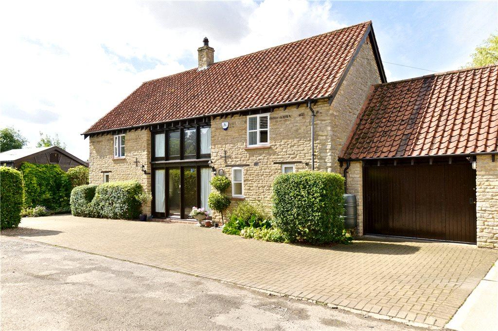 4 Bedrooms Barn Conversion Character Property for sale in Dychurch Lane, Bozeat, Northamptonshire