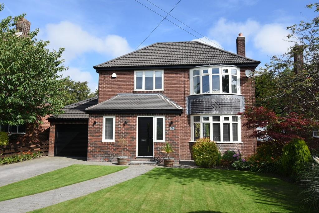 4 Bedrooms Detached House for sale in Whitburn Road, Cleadon