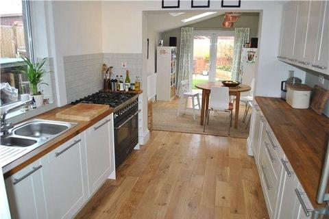 3 bedroom terraced house to rent - Ashton Gate Road, Bristol, BS3