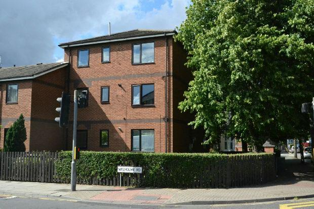 1 Bedroom Flat for sale in Hainton Avenue, GRIMSBY