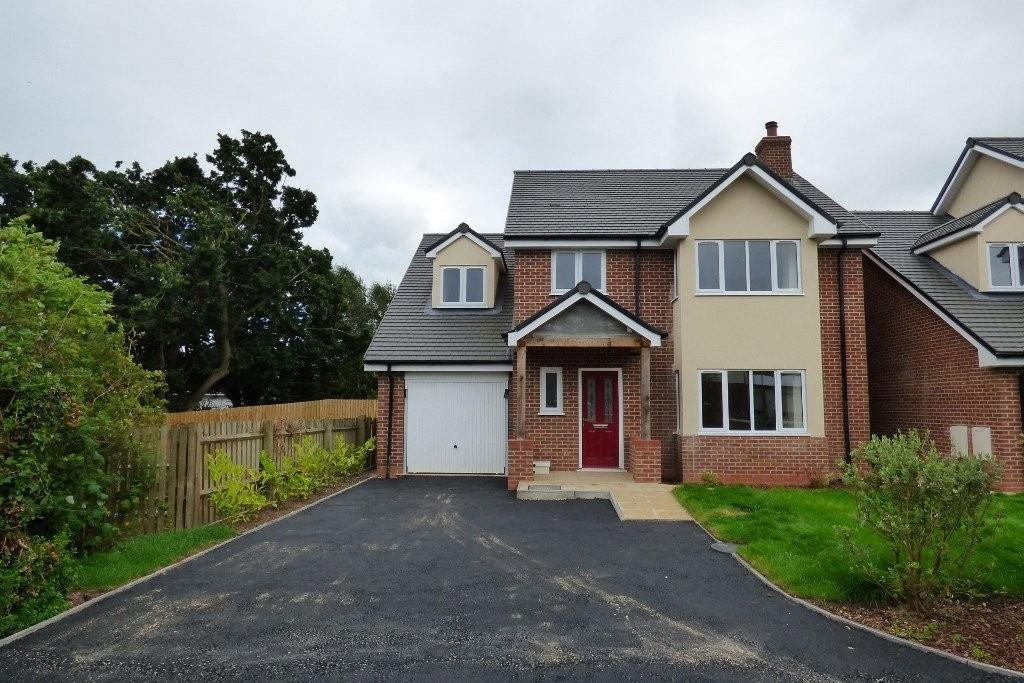 4 Bedrooms Detached House for sale in Mandarin Walk, Silkmore Crescent, Stafford