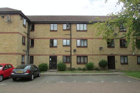 Studio to rent - Erith Road, Bexleyheath