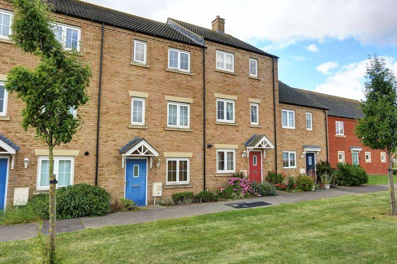 3 Bedrooms House for sale in Kings Avenue, Ely