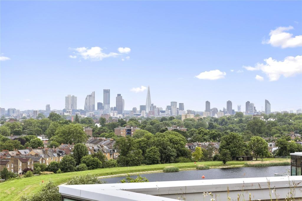 2 Bedrooms Flat for sale in Kingly Apartments, Woodberry Down, London