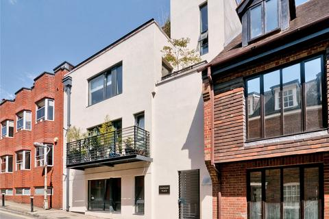 3 bedroom apartment to rent - St Clement Street, Winchester, Hampshire, SO23