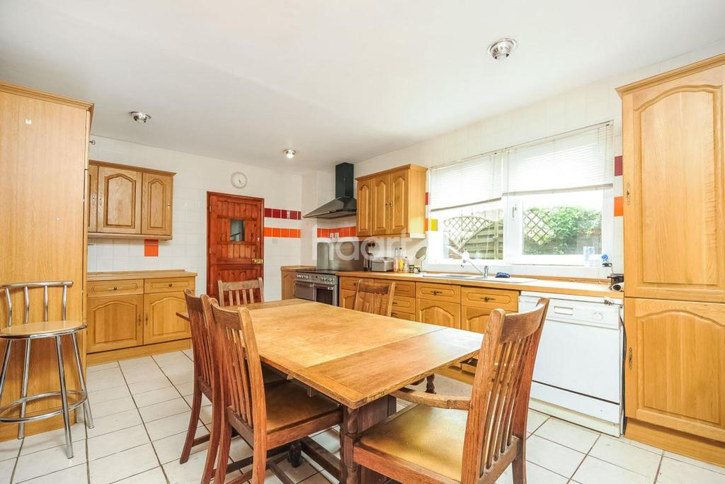5 Bedrooms Detached House for sale in Upware Road, Upware