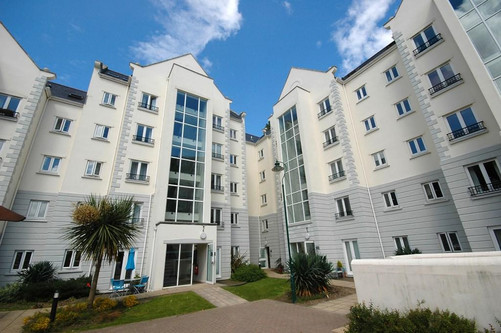 1 Bedroom Flat for sale in La Charroterie Mills, St. Peter Port, Guernsey