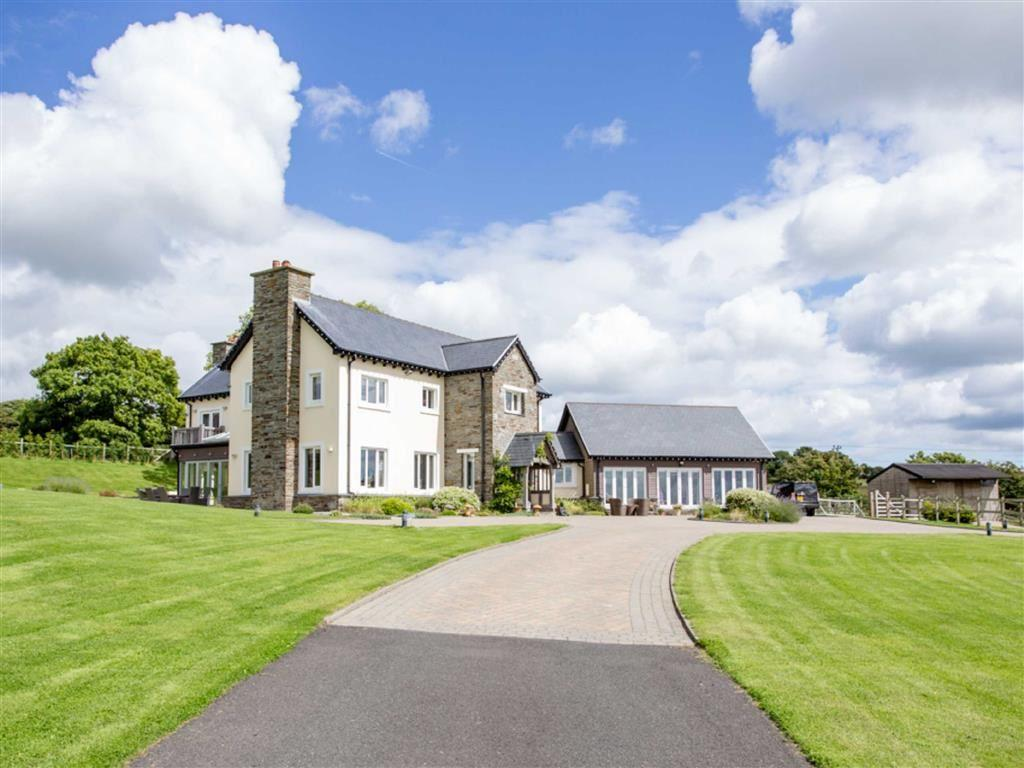 5 Bedrooms Country House Character Property for sale in Lower Sulby Farm, Douglas, Isle of Man
