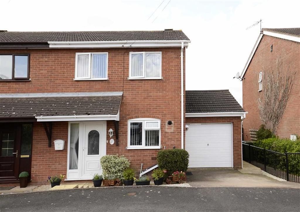 2 Bedrooms Semi Detached House for sale in Somerville Road, Worcester