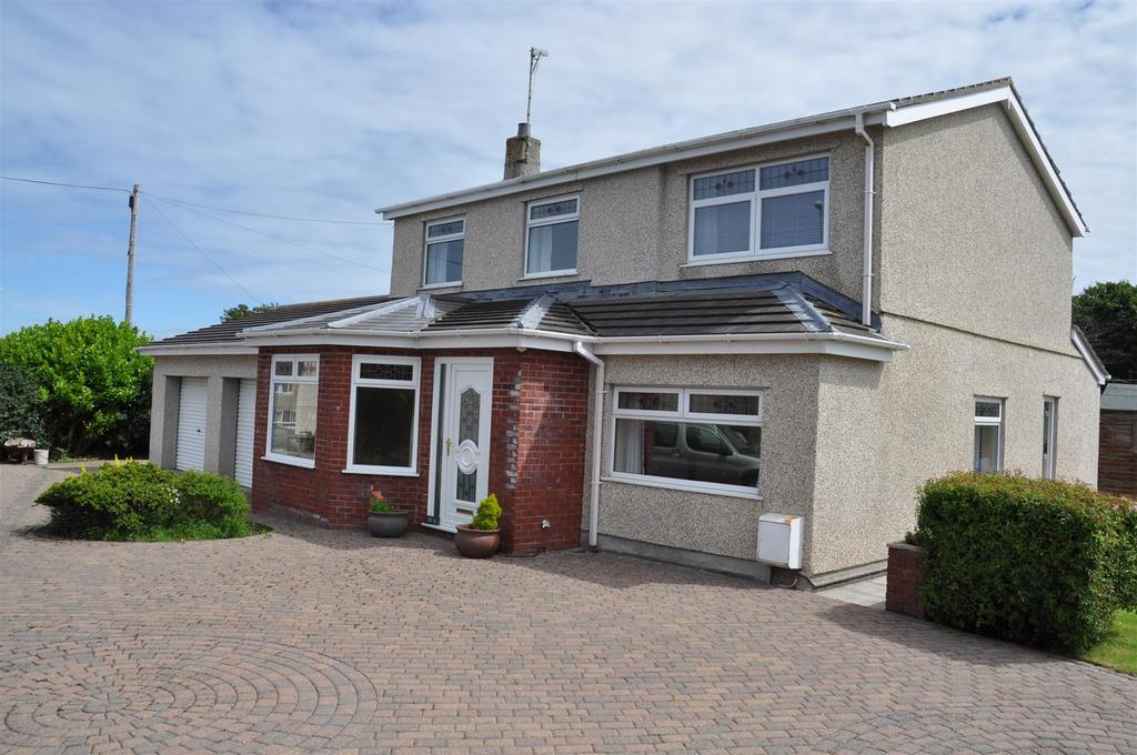 4 Bedrooms House for sale in Trefonnen Estate, Holyhead