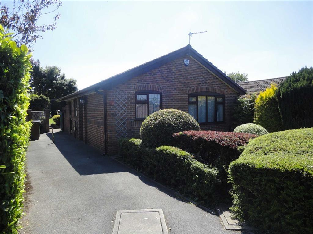 3 Bedrooms Detached Bungalow for sale in Felltop Drive, ReddishVale