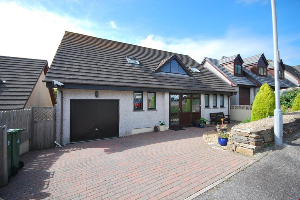 3 Bedrooms Detached House for sale in Penryn, Cornwall, TR10
