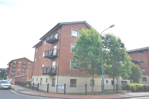 2 bedroom apartment for sale - Henke Court, Cardiff Bay, Cardiff, CF10