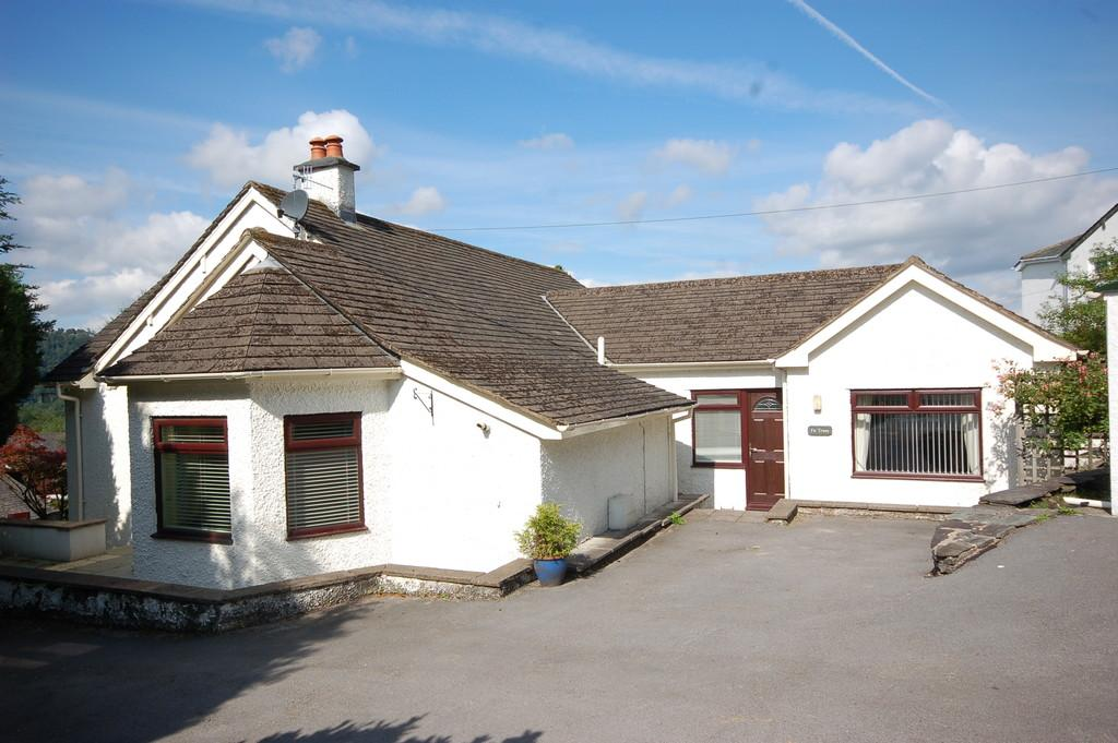 4 Bedrooms Detached Bungalow for sale in Woodside, Smithy Lane, Bowness-On-Windermere, LA23 3HR