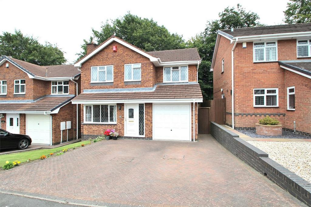 4 Bedrooms Detached House for sale in Walmley Close, HALESOWEN, West Midlands
