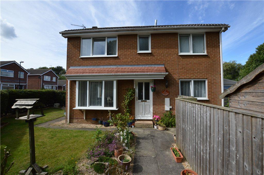 3 Bedrooms Detached House for sale in Farndale Road, Knaresborough, North Yorkshire