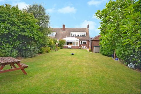 3 bedroom chalet for sale - Mayfield Road, Writtle, Chelmsford, Essex, CM1