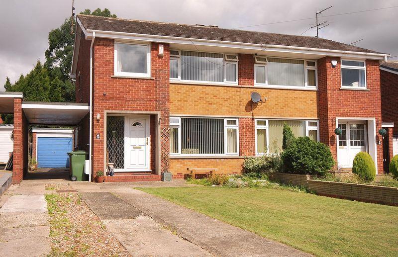 3 Bedrooms Semi Detached House for sale in 28 Wheatlands Drive, Beverley