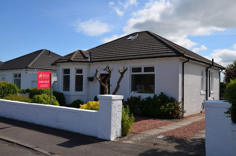 4 Bedrooms Detached Bungalow for sale in 65 Dongola Road, Ayr, KA7 3BN