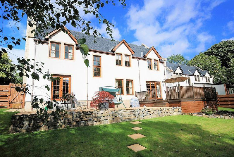 5 Bedrooms Detached Villa House for sale in 4 Garden Court, Hollybush by Ayr, KA6 7FG