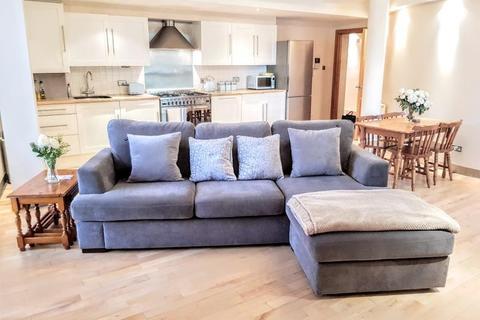2 bedroom apartment to rent - SIMPSONS FOLD WEST, DOCK STREET, LEEDS, LS10 1JF