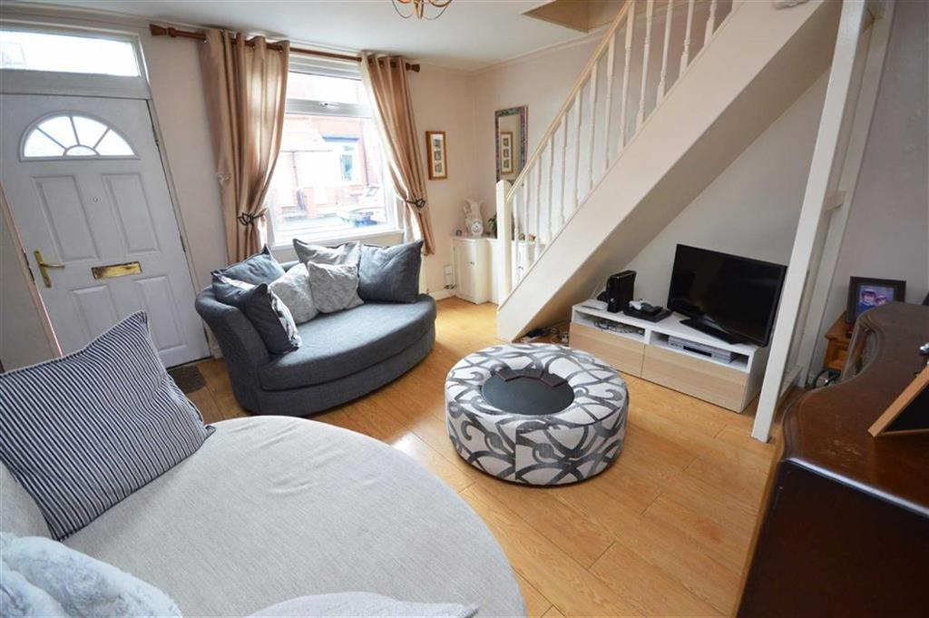 2 Bedrooms Terraced House for sale in Green Lane, Hazel Grove, Cheshire