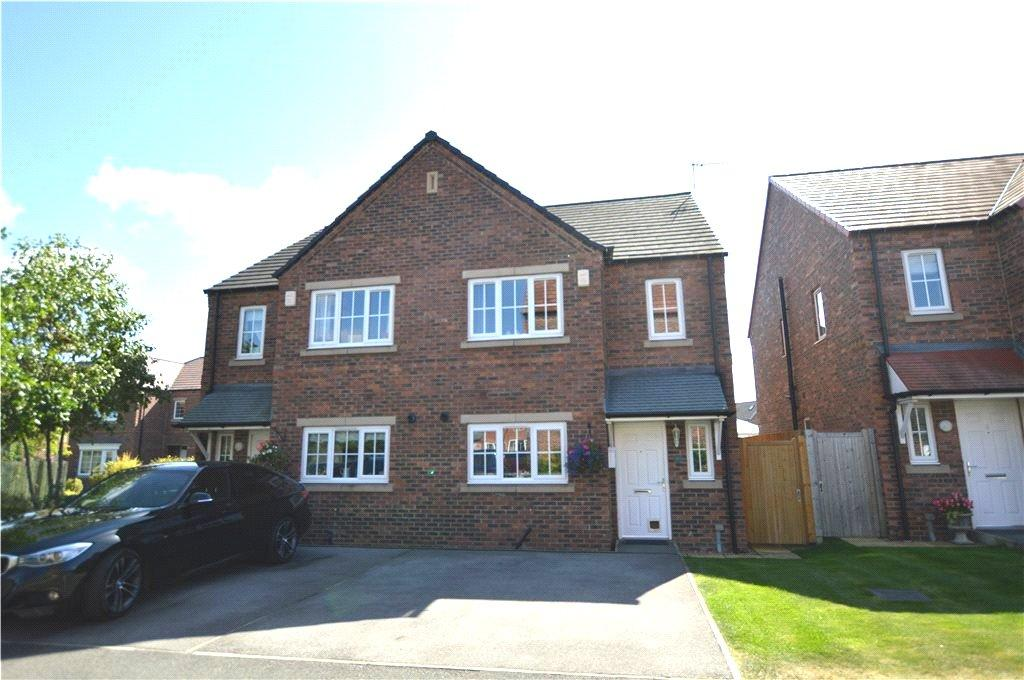 3 Bedrooms Semi Detached House for sale in Kielder Way, Woodlesford, Leeds, West Yorkshire