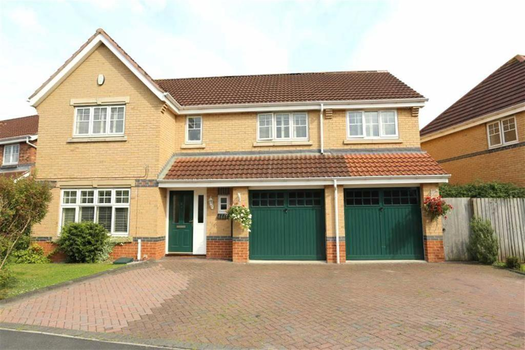 5 Bedrooms Detached House for sale in Grassholme Way, Stockton-on-Tees, Cleveland