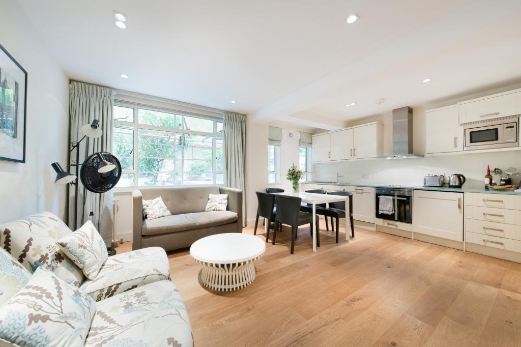 2 Bedrooms Flat for sale in Nell Gwynn House, Sloane Avenue, London, SW3