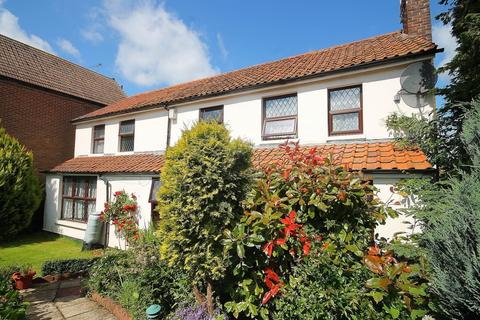 4 bedroom detached house for sale - Coopersale Common, Coopersale, CM16