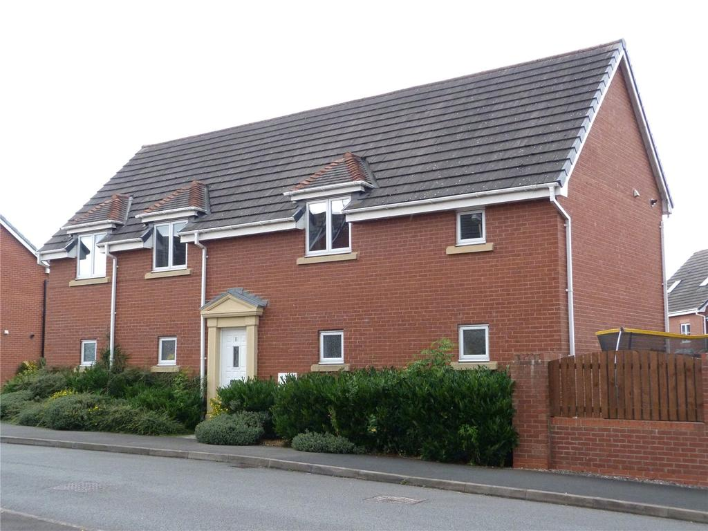 2 Bedrooms Apartment Flat for sale in Monck Drive, Kingsley Village, Nantwich, Cheshire, CW5