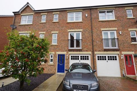 3 bedroom townhouse to rent - Hawks Edge, West Moor