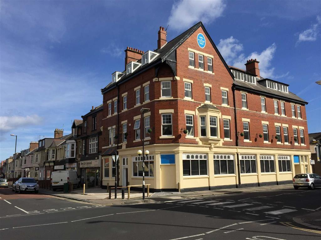 2 Bedrooms Flat for sale in Station Apartments, Whitley Bay