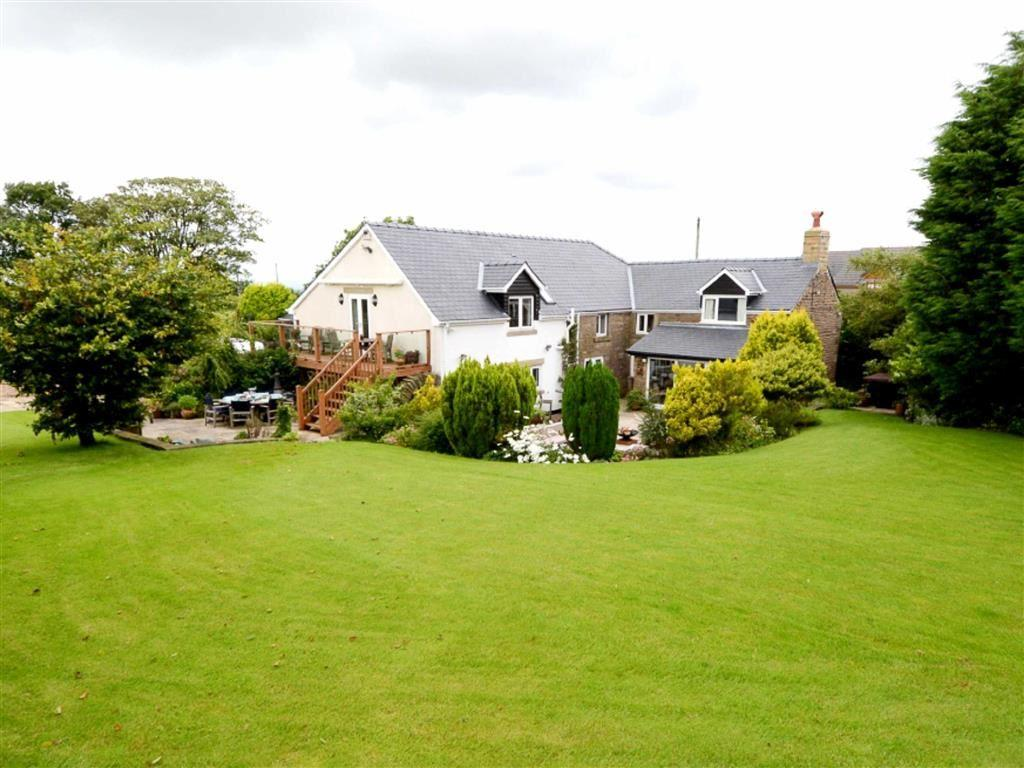 5 Bedrooms Detached House for sale in Bury Lane, Withnell, PR6