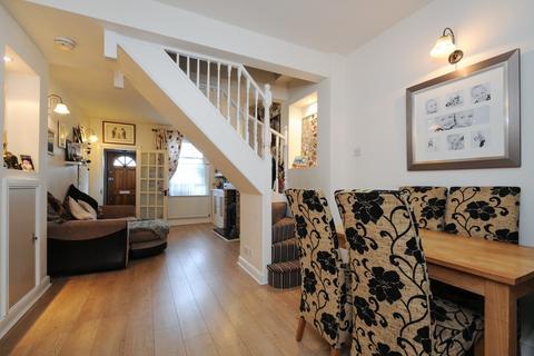 3 bedroom cottage to rent - Newtown Road, Denham, Uxbridge, UB9