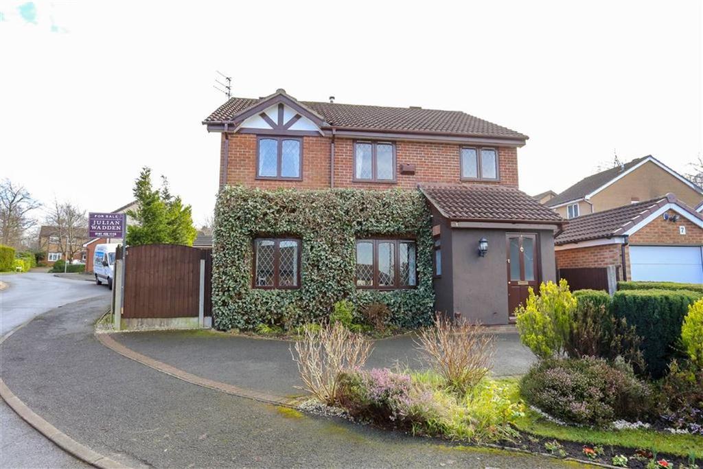 4 Bedrooms Detached House for sale in Fenwick Drive, Heaton Mersey
