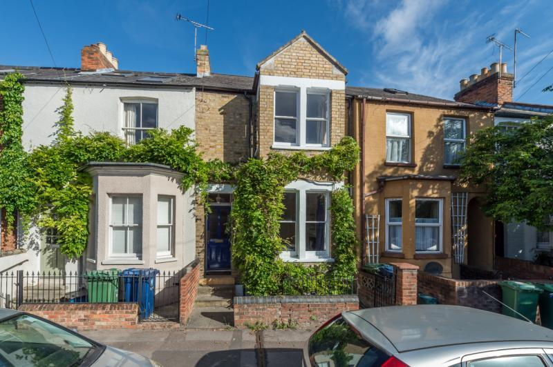 4 Bedrooms Terraced House for sale in Temple Street, Oxford, Oxfordshire