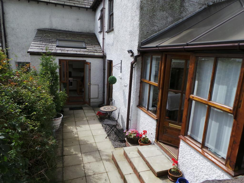 2 Bedrooms Cottage House for sale in Rear Cottage, Whinfield Farm, Lindal