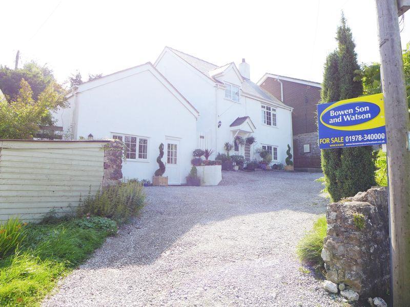 4 Bedrooms Cottage House for sale in Llandegla, Wrexham